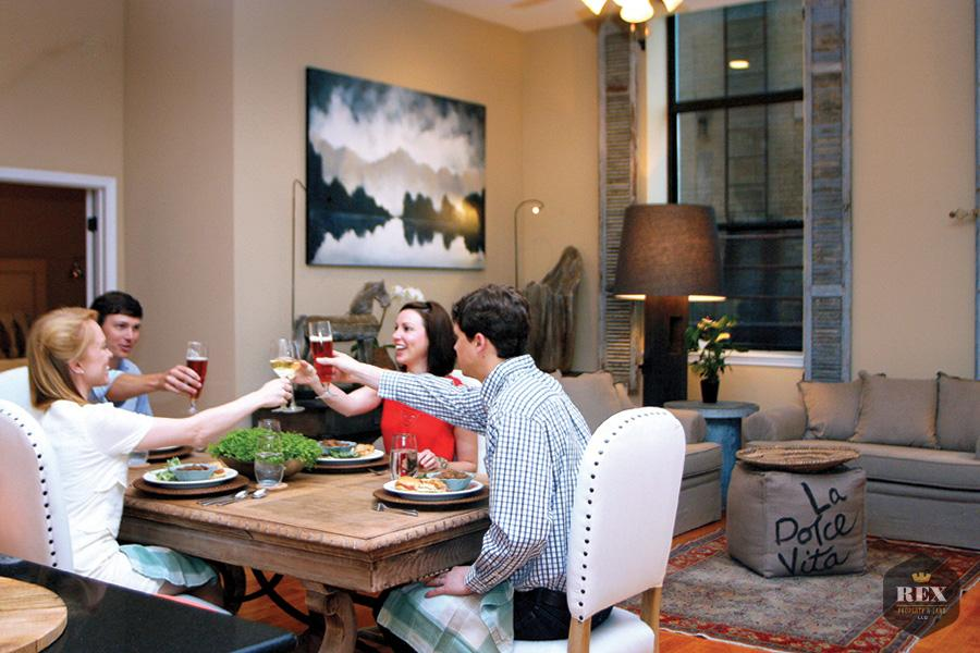 Couples-Eating-in-Condo