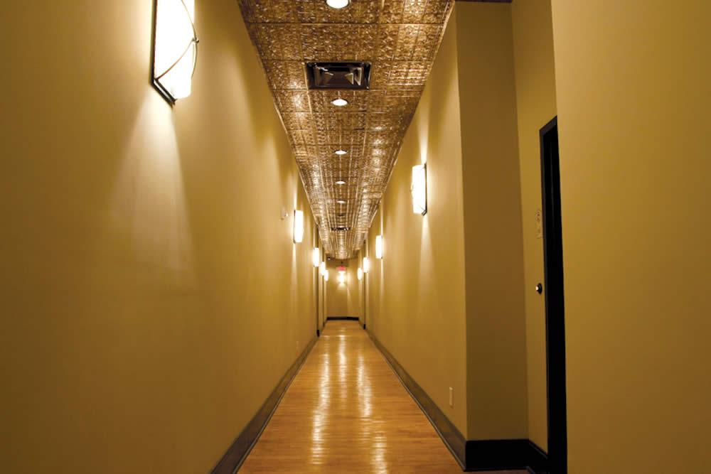 JBW-OneBedroom-Hall